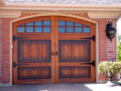 <center>Carriage Garage Doors</center>