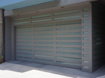 <center>Glass Garage Doors</center>